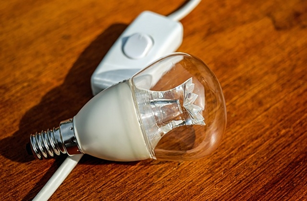 beleuchtung auf led umstellen das gilt es zu beachten. Black Bedroom Furniture Sets. Home Design Ideas
